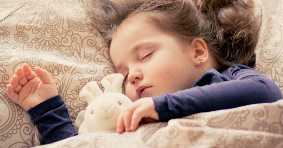 子どもの睡眠不足がもたらす悪影響イメージ